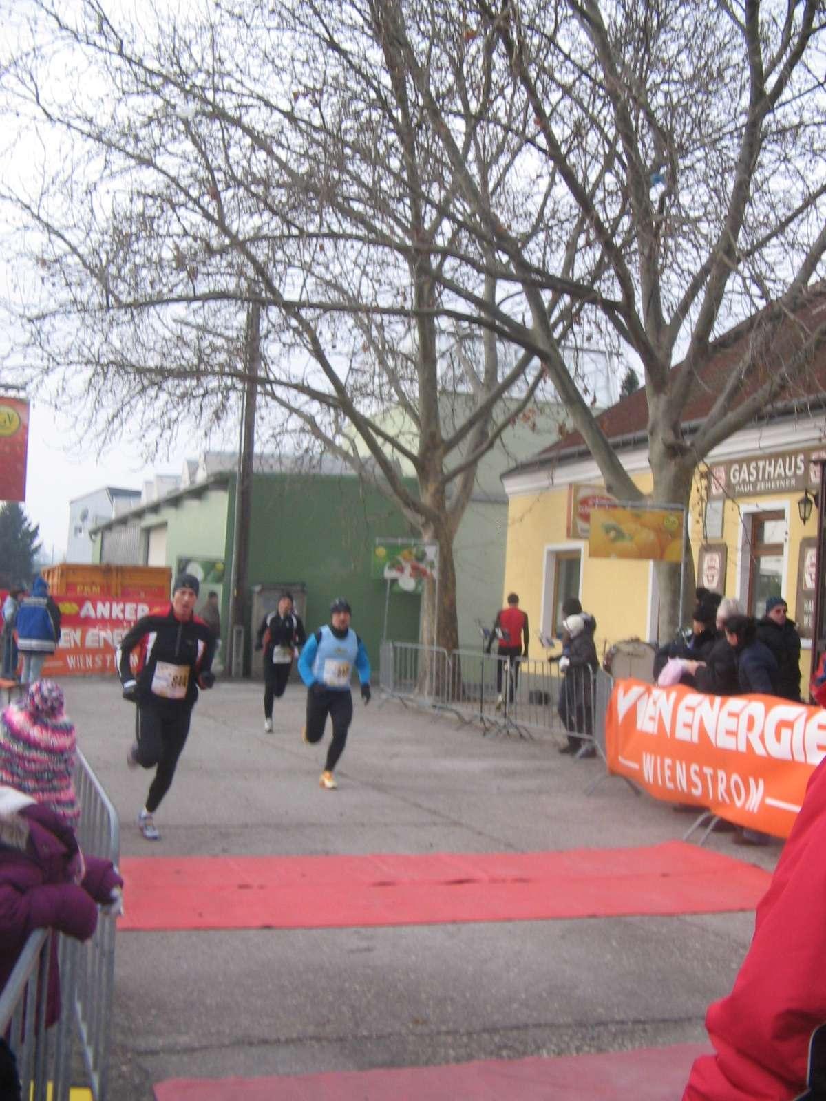 10. Simmeringer Haide Dreikönigslauf - Žohar utrčava u cilj