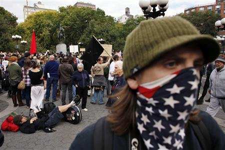 20111024t205035z01btre7 Poll Watch: 32% Have Favorable View of Occupy Wall Street