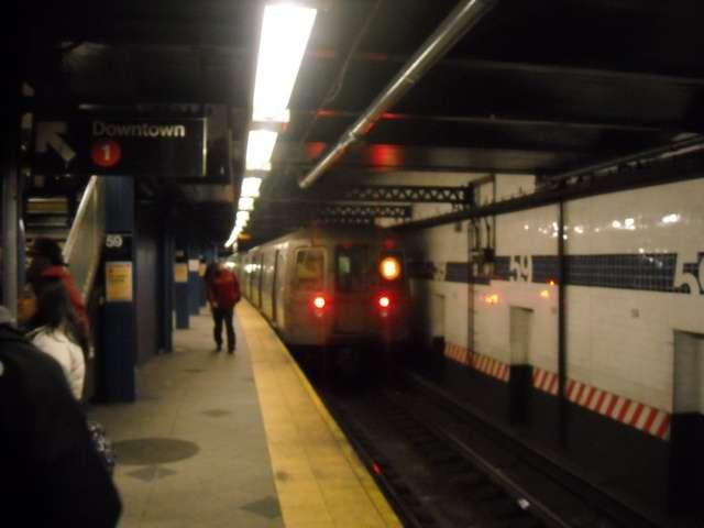 subwayfromfromnikoncamez.jpg